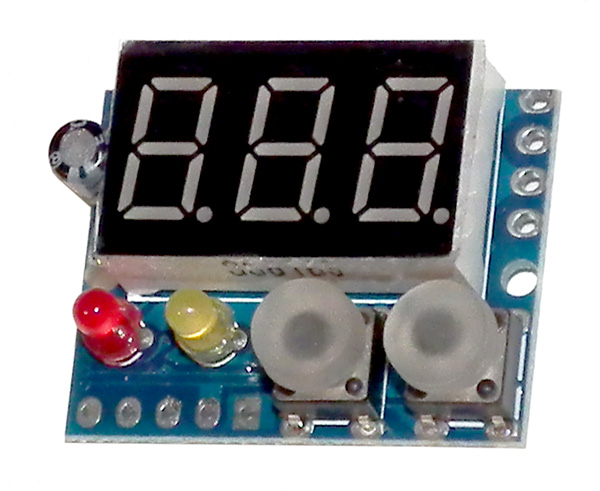 Mini panel meter with over and under voltage outputs